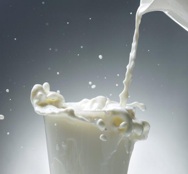 宝宝不吃药,可以冲到奶粉里面吗?